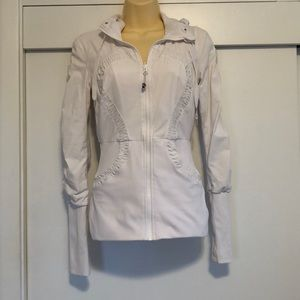 Lululemon White Jacket sz 4